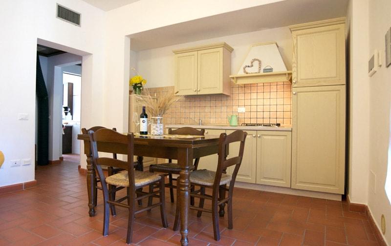 appartamenti per vacanze in agriturismo con piscina a bolgheri - Soggiorno Con Angolo Cottura 20 Mq